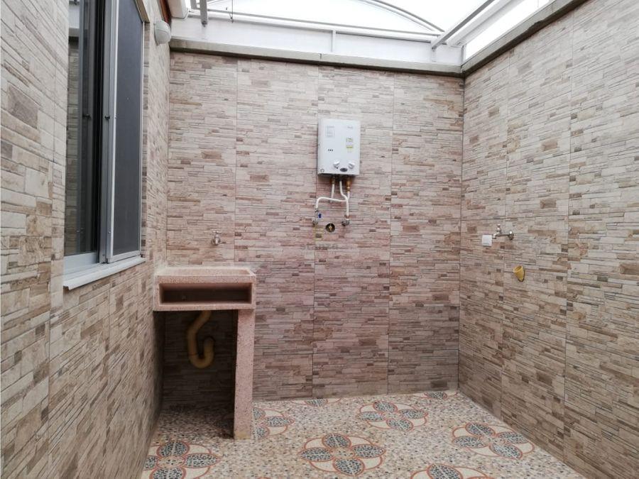 rento casa esquinera en cerritos campestre pereira