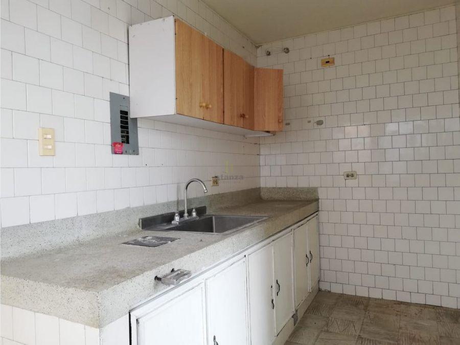 vendo apartamento sobre la 21 pereira