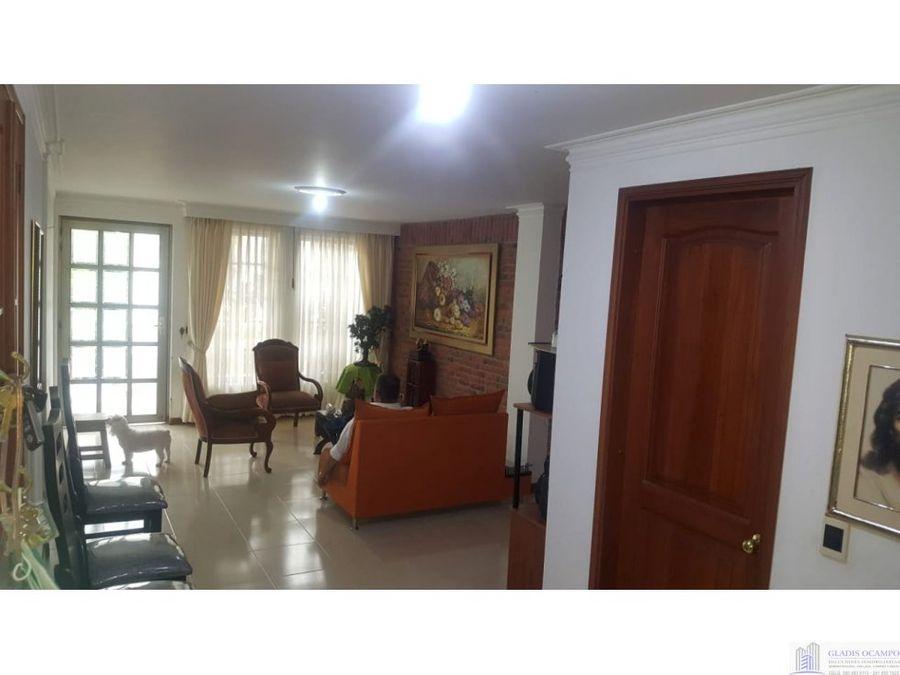 casa en excelente sector venta