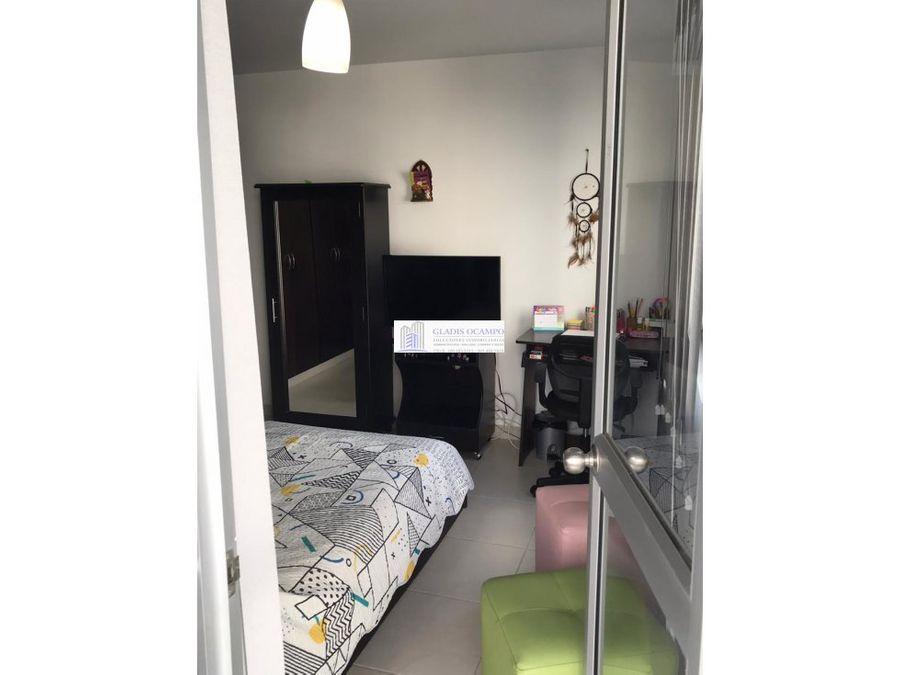 apartamento a una cuadra del parque para la venta