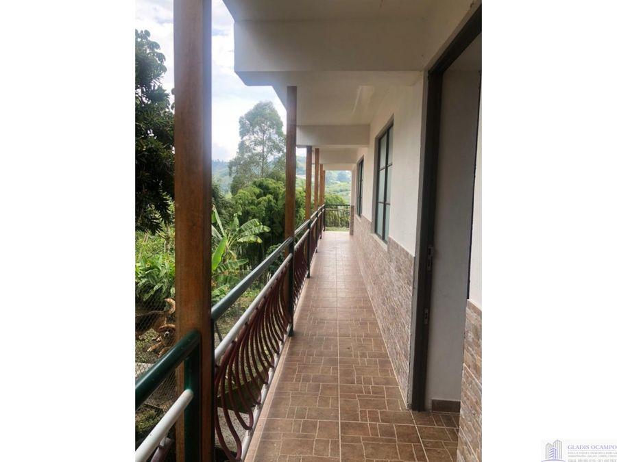 local comercial con apartamento sector turistico