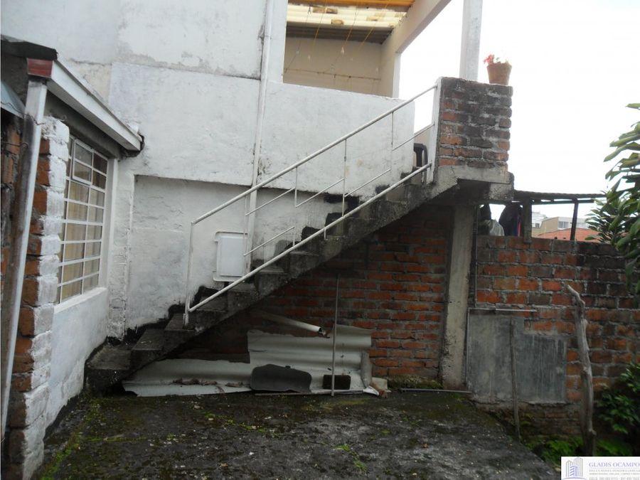 casa con renta en sector central