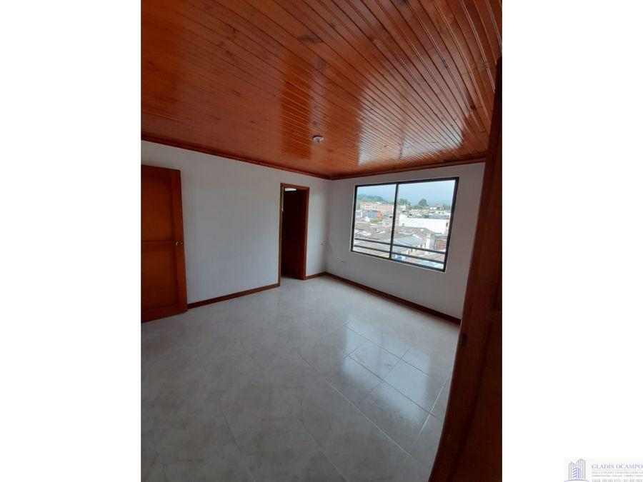 apartamento amplio esquinero