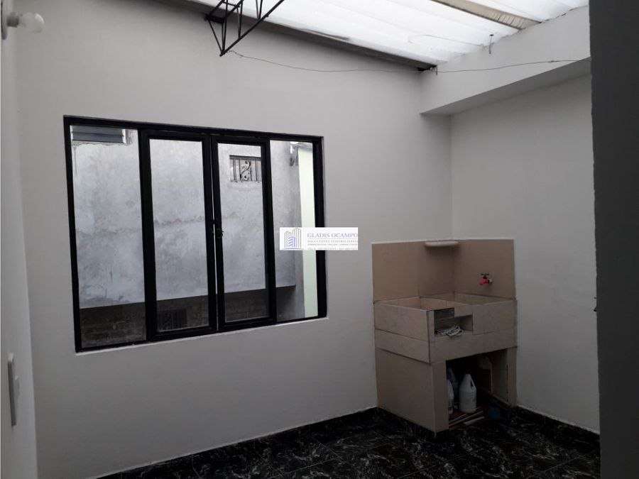 casa de dos pisos independientes el triunfo