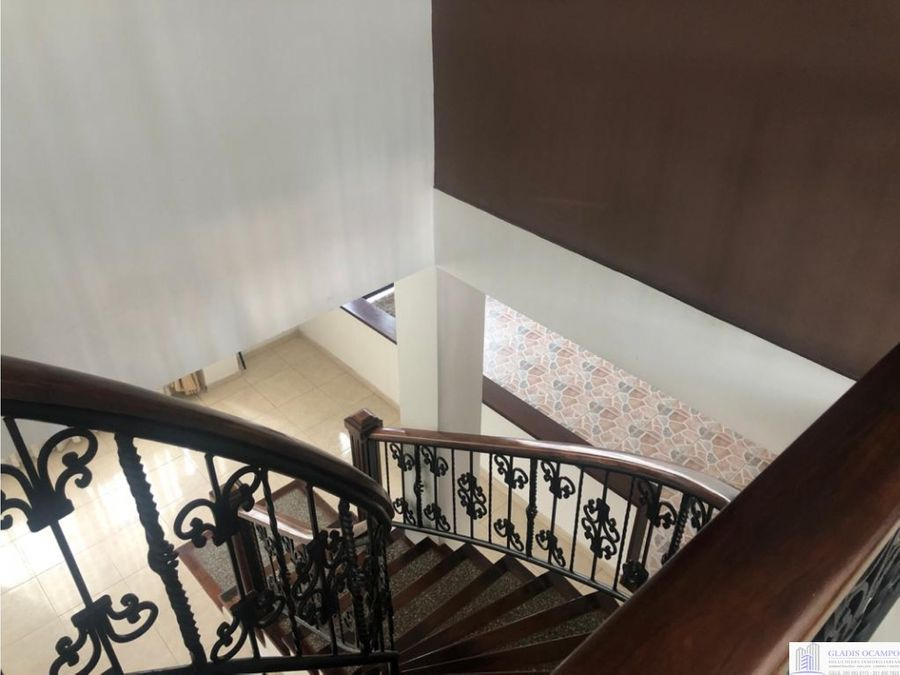 casa de 3 niveles chinchina