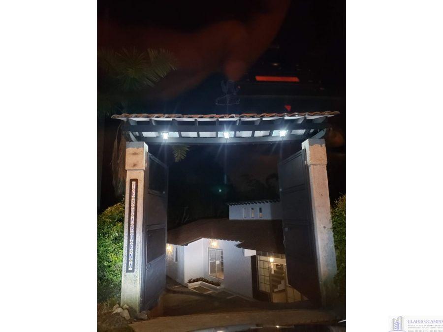 casa campestre via pereira armenia con dos accesos principales