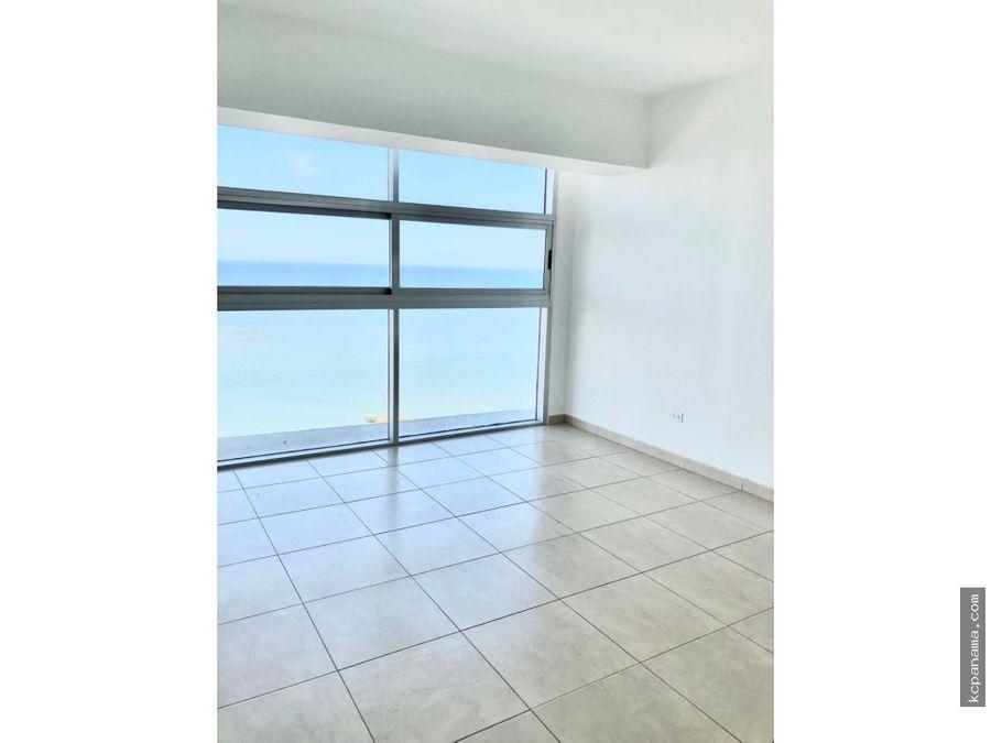 se alquila apartamento ph white avenida balboa