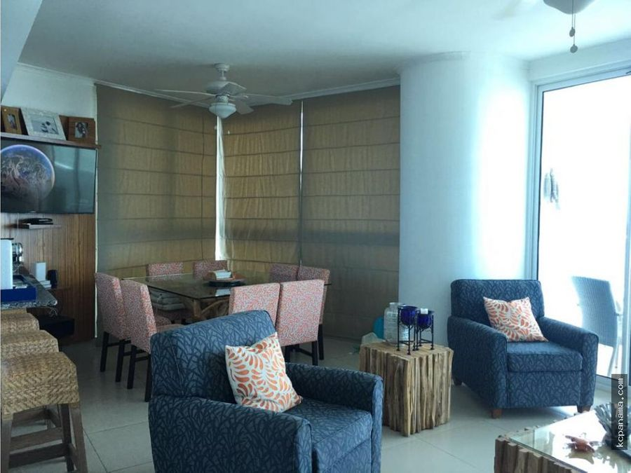 se vende apartamento frente al mar santa clara