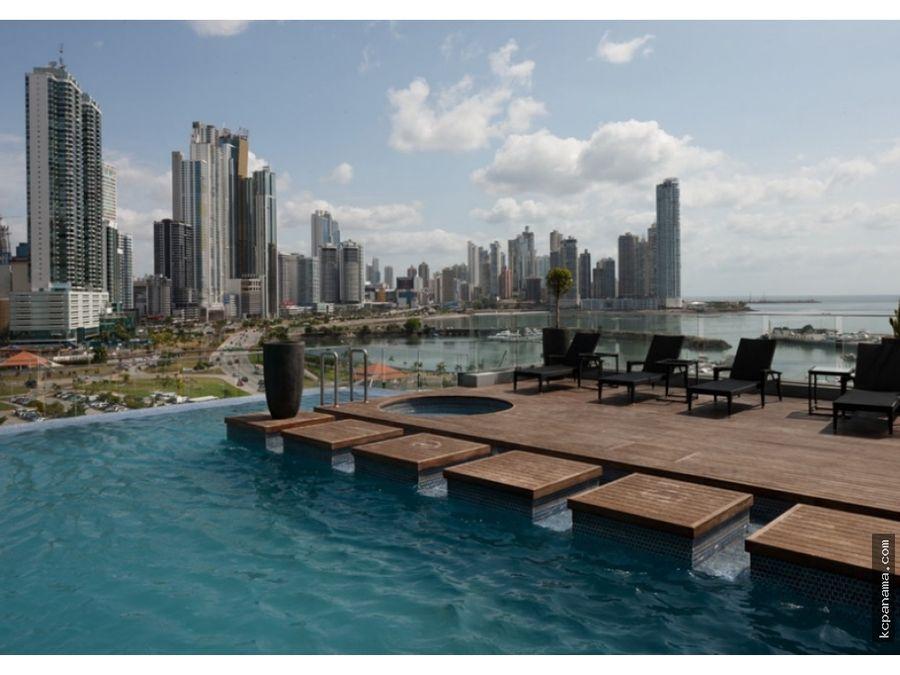 se vende apartamento en yacht club avenida balboa