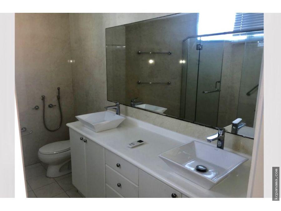 se alquila o vende bello apartamento remodelado en marbella