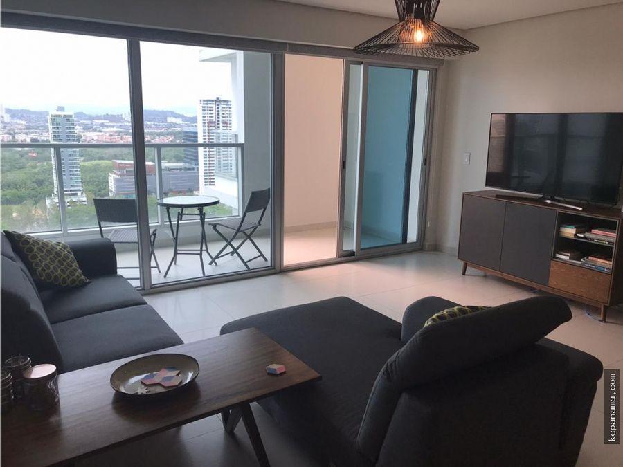se vende hermoso apartamento en parkside costa del este