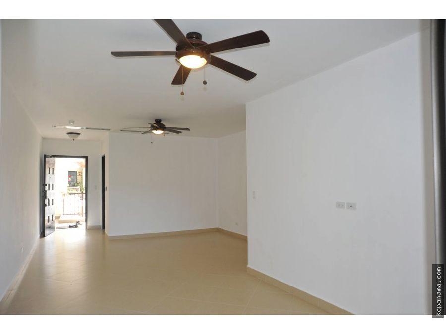se alquila apartamento acogedor embassy courtyard
