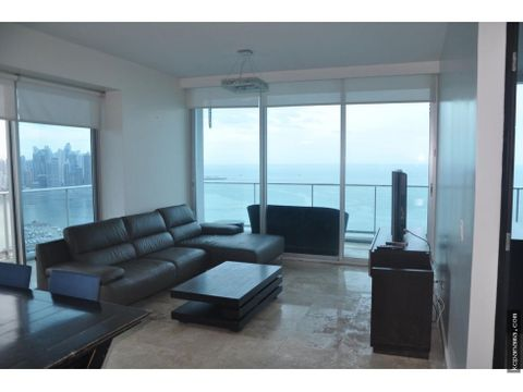 se alquila apartamento frente al mar en avenida balboa destiny