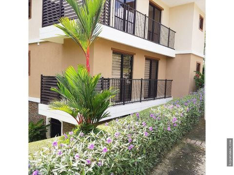 se alquila apartamento embassy gardens