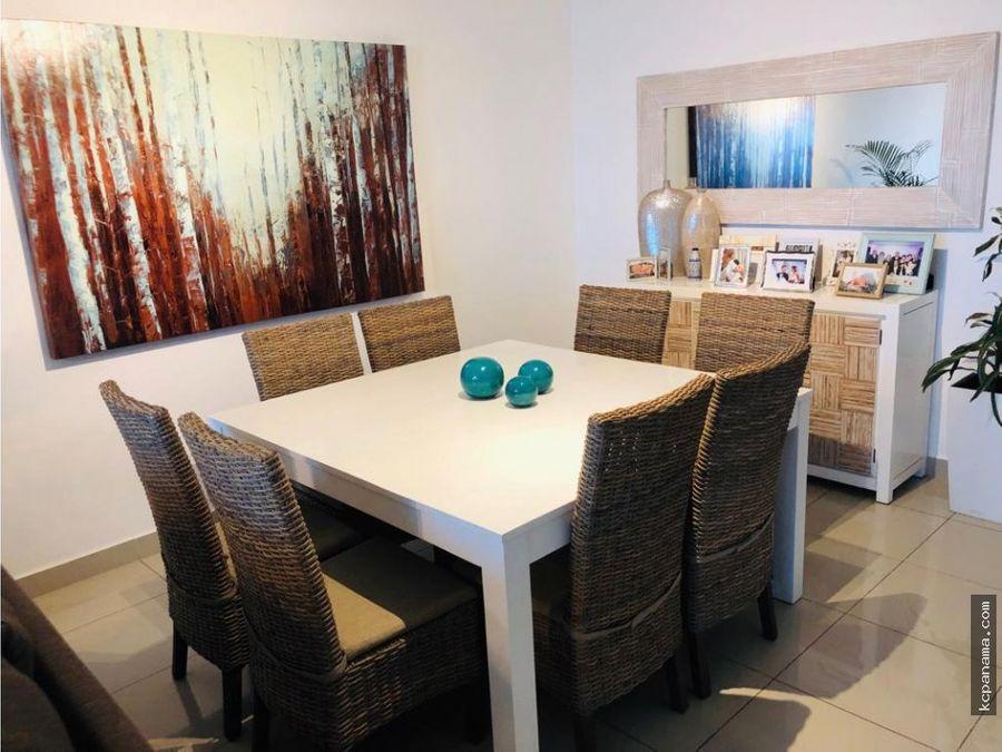 se alquila o se vende hermoso remodelado apartamento serenity
