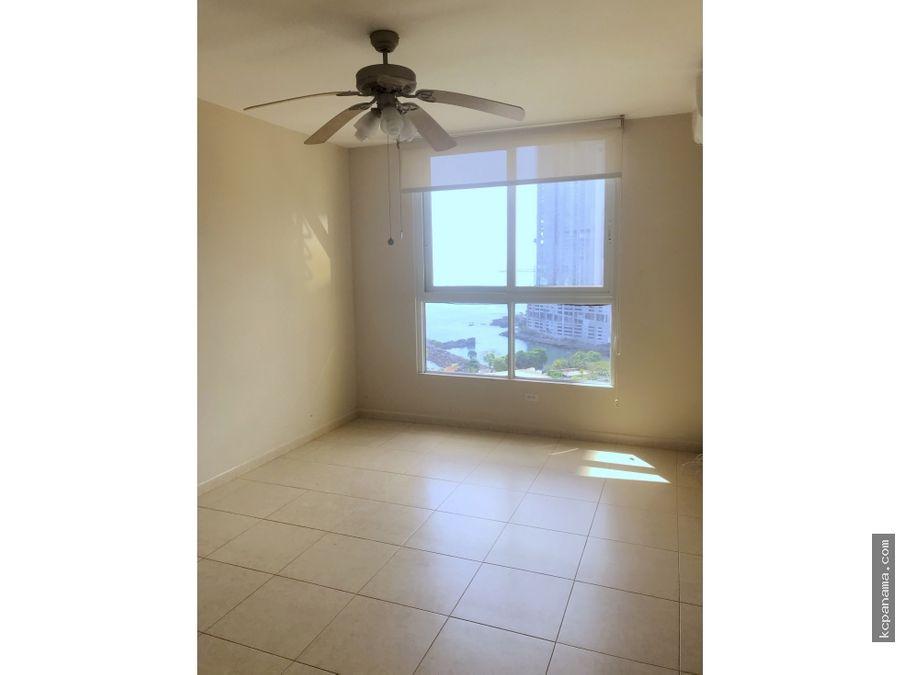 se alquila elegante y espacioso apartamento pacific view