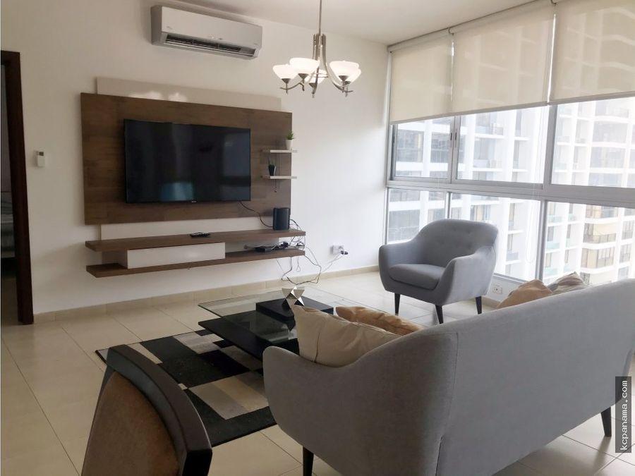 se alquila bello y equipado apartamento grandbay tower avenida balboa
