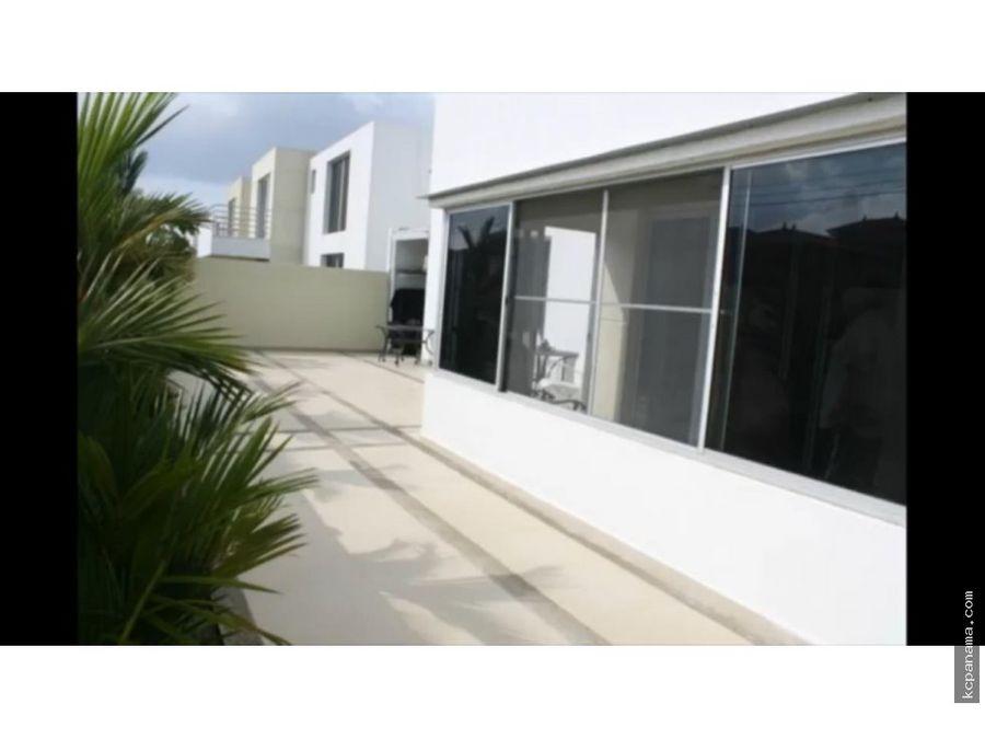 se vende bellisima casa en costa sur
