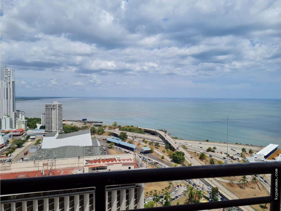 se alquila espacioso apartamento amoblado en mandarin bay