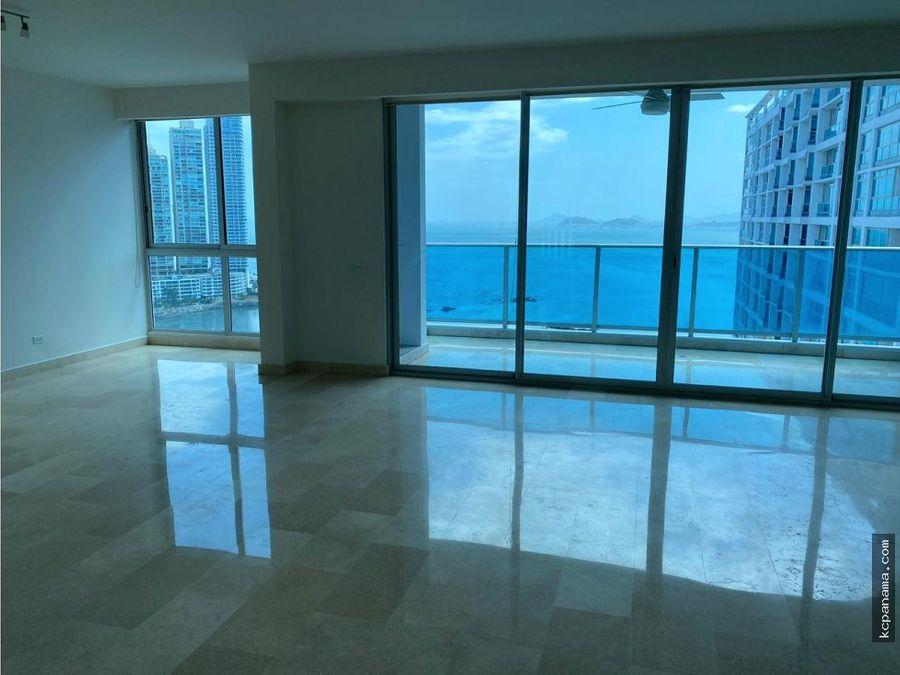 se alquila amplio apartamento en ph mar abierto