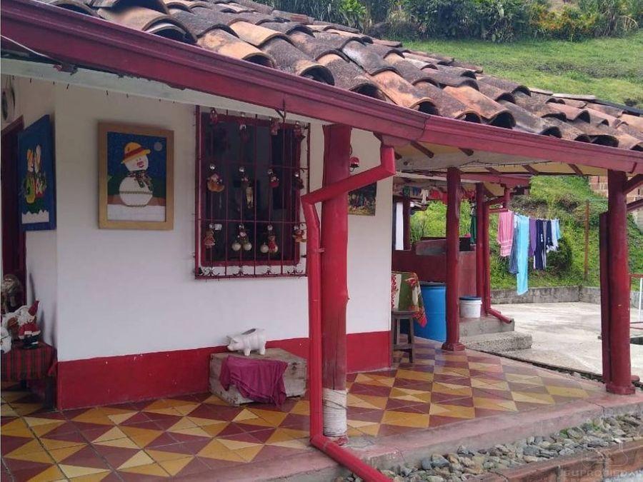 casa campestre campesina muy cerca a la ciudad