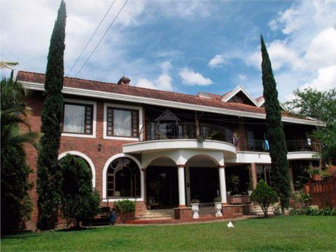 lujosa mansion en san lucas poblado medellin