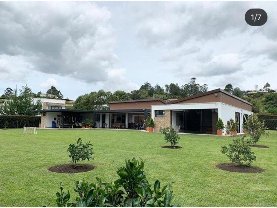 casa moderna en parcelacion sector el canada