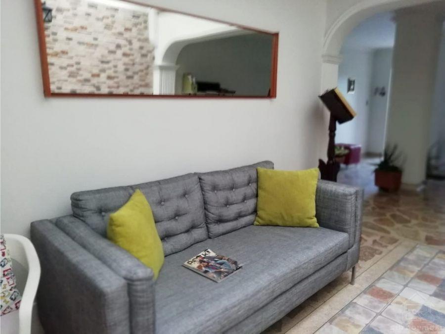 apartamento inmenso en primer piso en simon bolivar