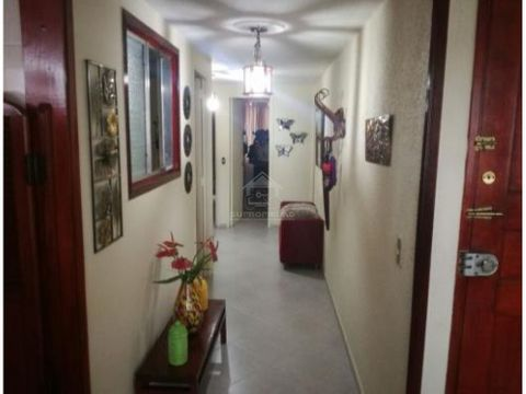 apartamento amplio en la america sobre la 80