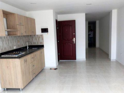 apartamento amplio de bajo costo en itagui