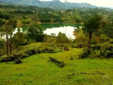 lote en guatape con acceso a la represa