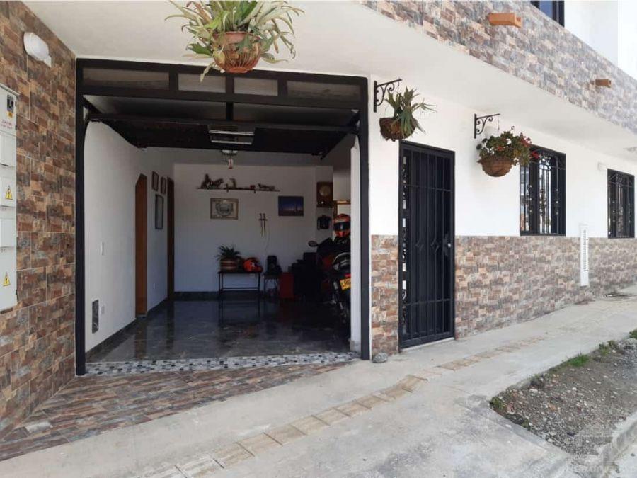 casa chevere en municipio del oriente antioqueno