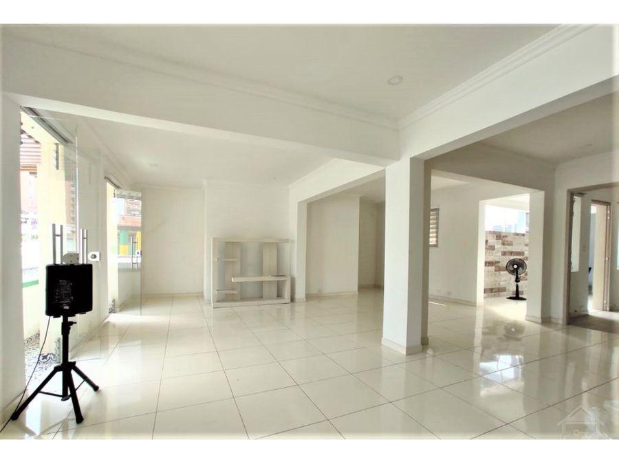 vendo grandiosa casa en el centro ideal para empresas