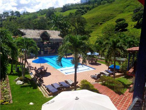 lujosa hacienda mixta en ciudad bolivar