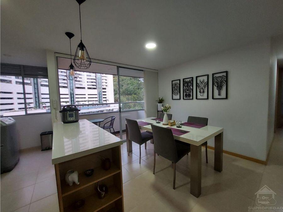 hermoso apartamento en las palmas y en unidad residencial