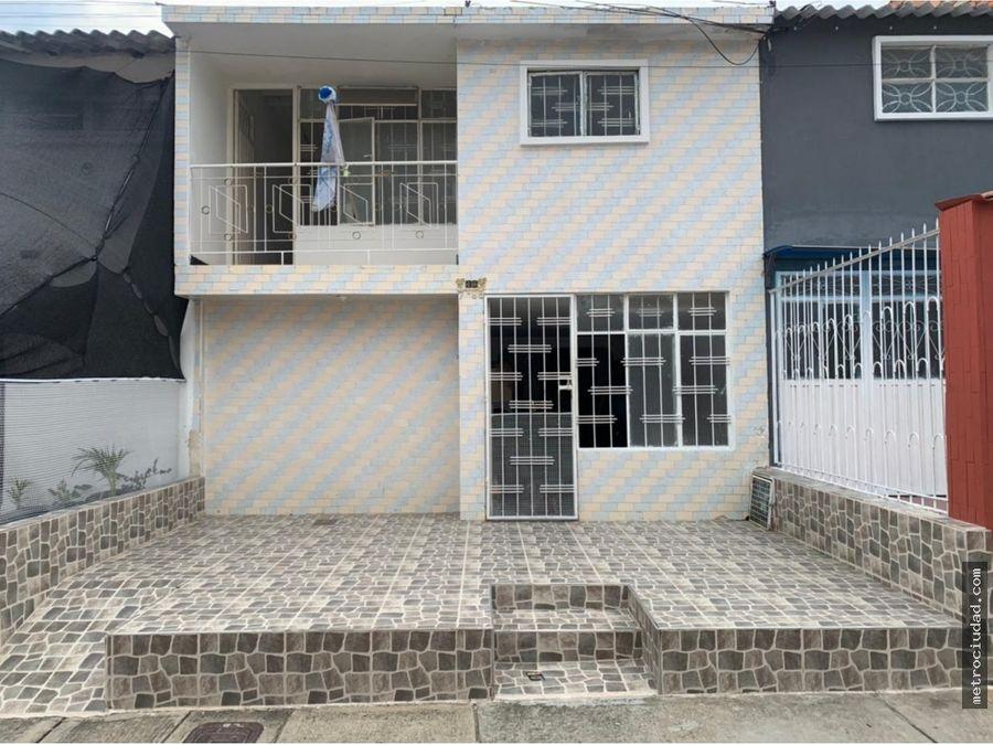 se vende casa barrio mutis