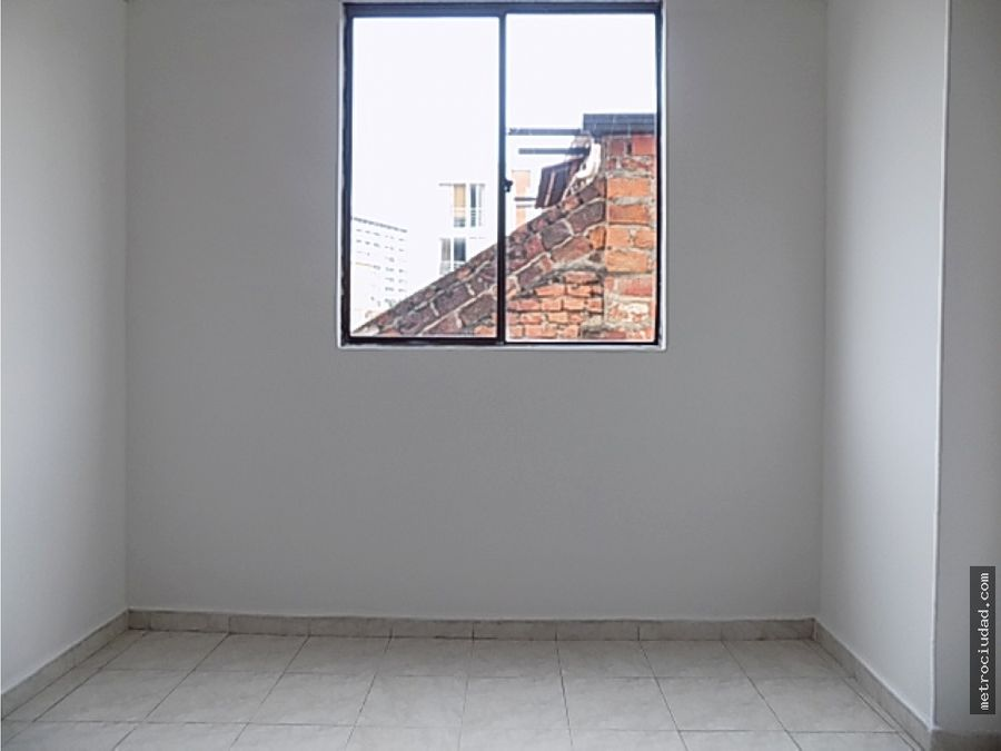 se arrienda apartamento 2 alcobas aurora