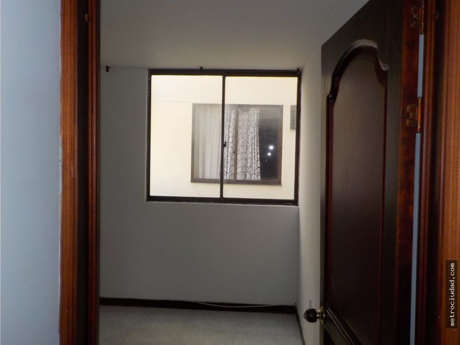 cabecera apartamento amplio excelente precio