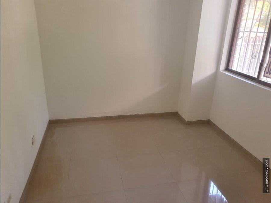 vendo apartamento usado en riomar barranquilla