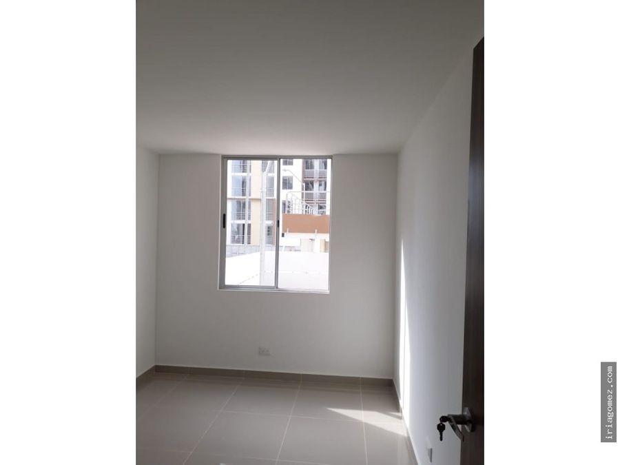 alquilo apartamento en paraiso
