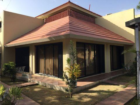 casa en cuesta hermosa rd10700000