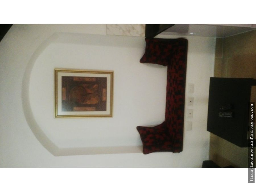 casa antigua reestructurada al estilo loft