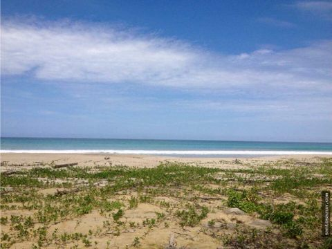 terreno frente al mar en manabi