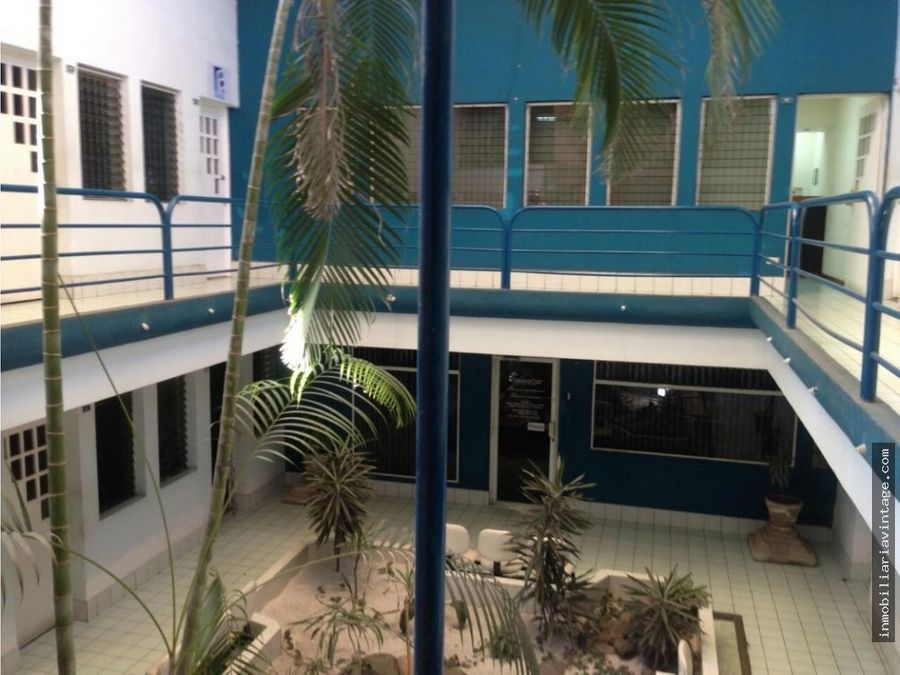 oficina en rentaventa dentro de edificio ubicado en zona 14