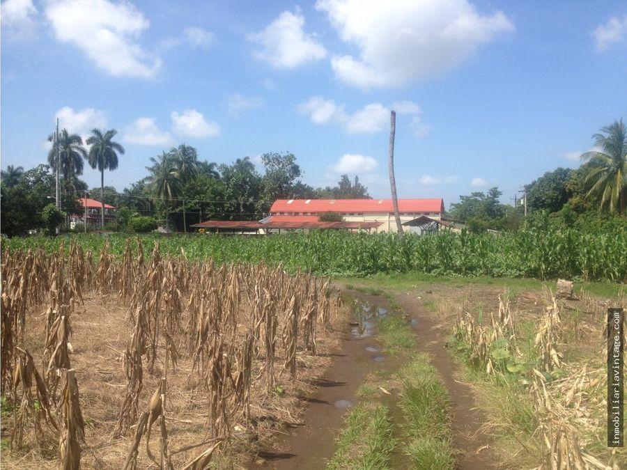 terreno 40000 varas calzada las palmas reu