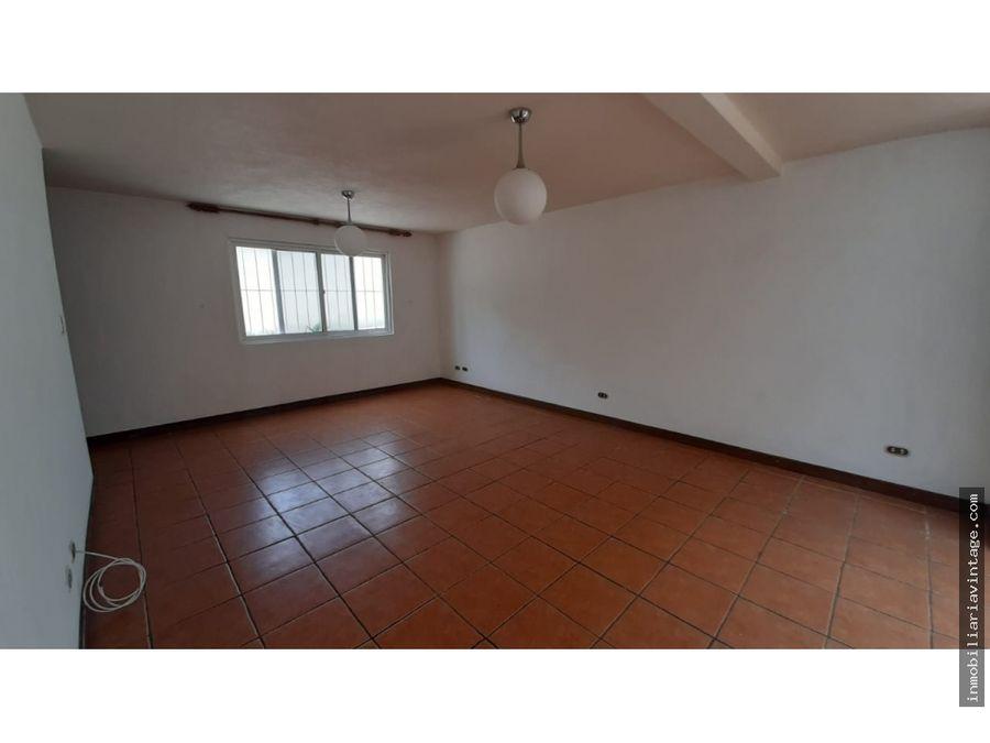 casa en renta venta zona 15 vista hermosa iii