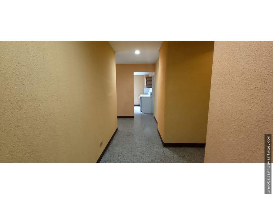 apartamento en renta zona 12 por la universidad san carlos 130 m2