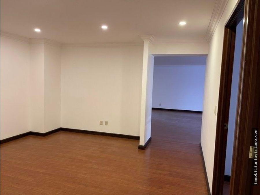 apartamento en renta primer nivel edificio zona 14