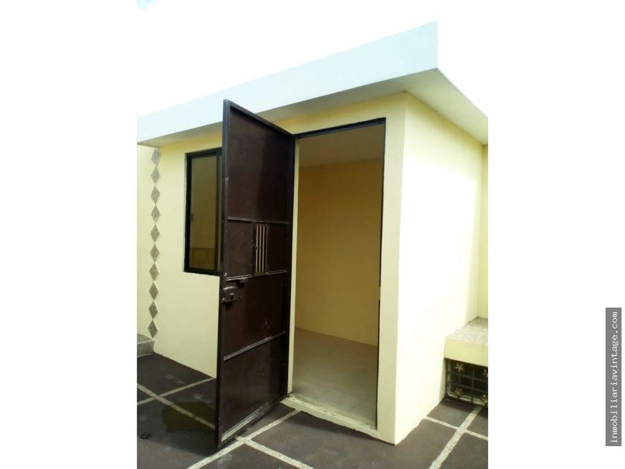 casa en renta condominio villas palermo zona 10 de mixco