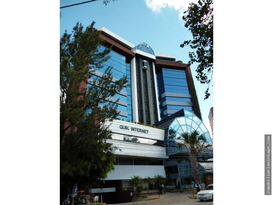 en renta amplio localoficina de 80 mts en edificio zona 14